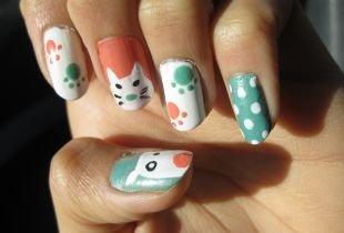 Маникюр с точками, забавный маникюр с котиком и собачкой на ногтях