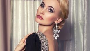 Яркий макияж для блондинок, вечерний макияж для женщин 40 лет