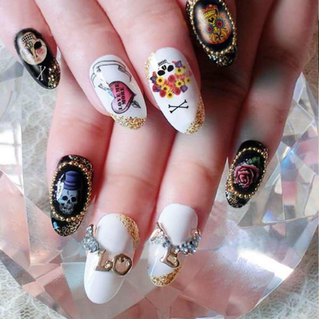 Нарощенные ногти с наклейками фото