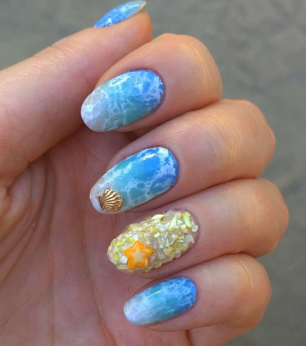 Морские звезды на ногтях фото