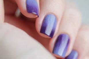 Красивый френч на квадратных ногтях, французский маникюр «омбре»