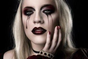 Макияж ведьмы на хэллоуин, макияж на хэллоуин с эффектом потекшей туши