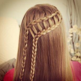 Праздничные детские прически на длинные волосы, прическа водопад с двумя косами
