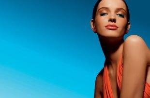 Коричневый макияж, необычный летний голубой макияж