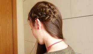 """Ореховый цвет волос, прическа на выпускной с плетением """"цветок"""""""