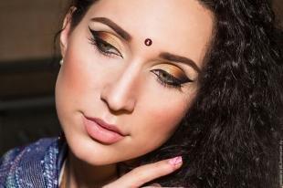 Коричневый макияж, индийский образ с помощью макияжа