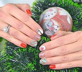 Новогодние рисунки на ногтях, дизайн ногтей к новому году