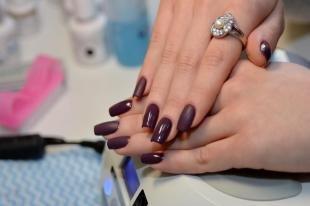 Идеальный маникюр, дизайн ногтей в шоколадном цвете