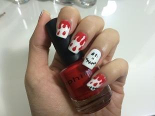 Красно-белый маникюр, оригинальный дизайн ногтей на хэллоуин