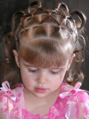 Прически с челкой на средние волосы, простая детская прическа на выпускной