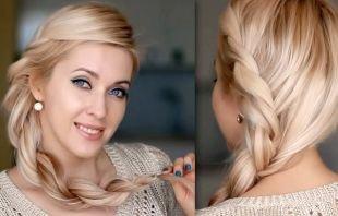 Цвет волос перламутровый блондин, прическа на новый год с боковой косичкой