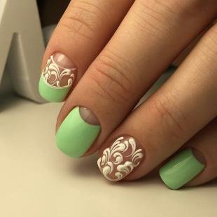 Ажурные рисунки на ногтях, светло-зеленый весенний маникюр