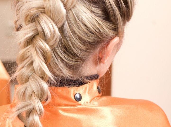 Прическа на основе французской косы